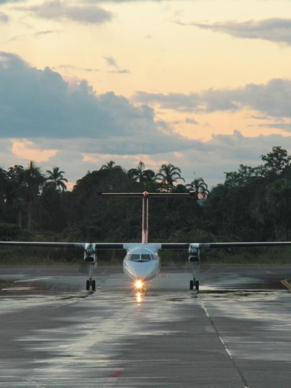 Avion Puerto Maldonado