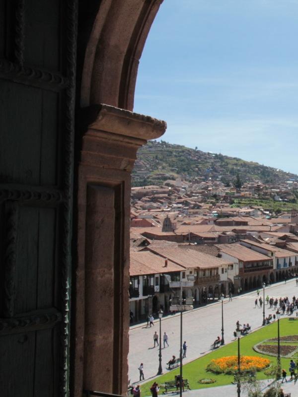 Arcades Place d'Armes Cusco